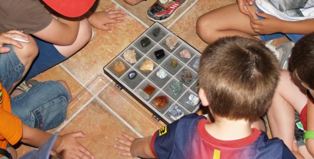nic3b1os-y-minerales-3