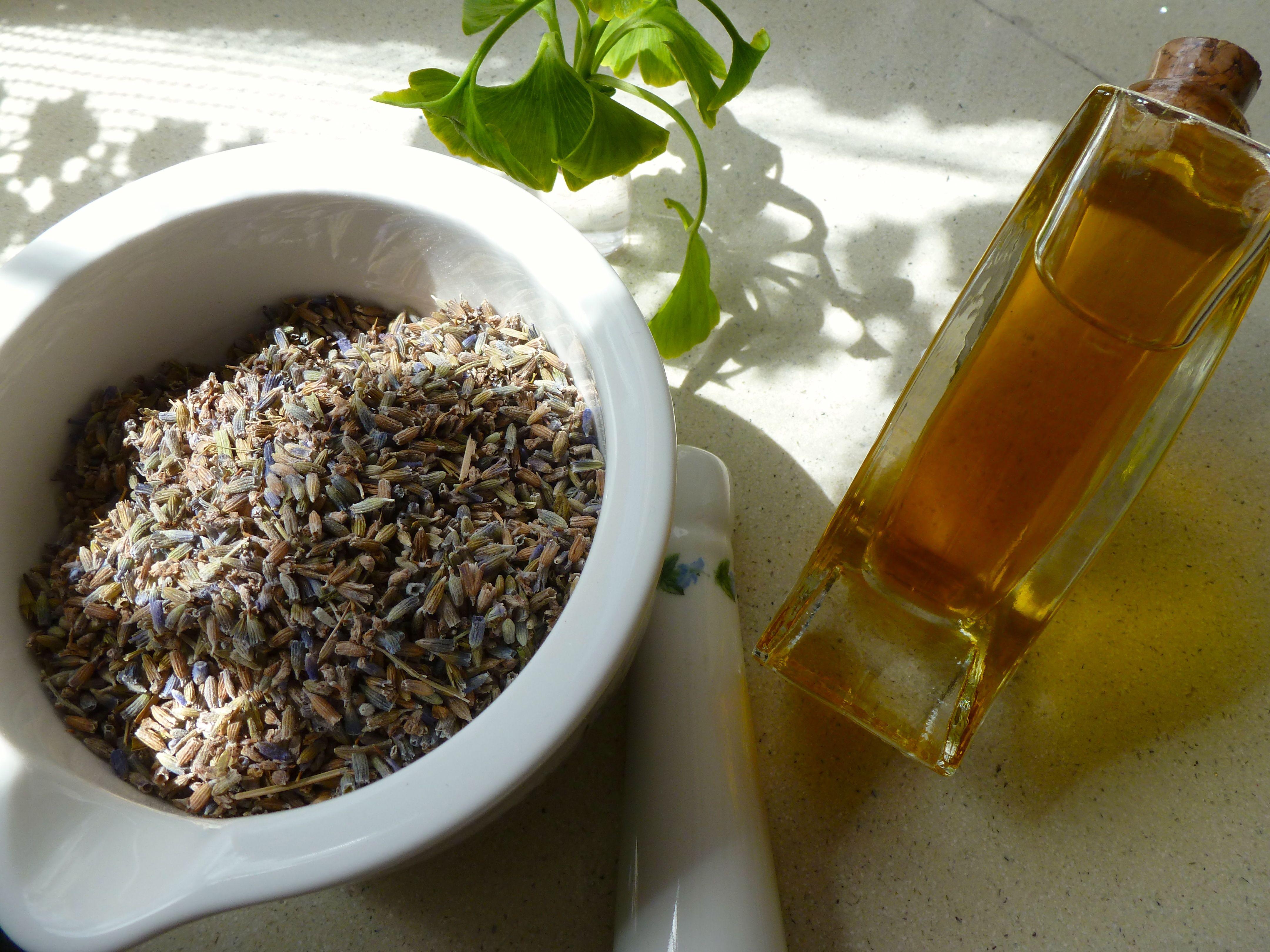 Aceite esencial de lavanda – lavanda officinalis
