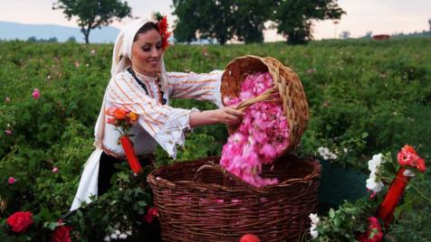 rose-festival-easytravelbulgaria-2-815x459